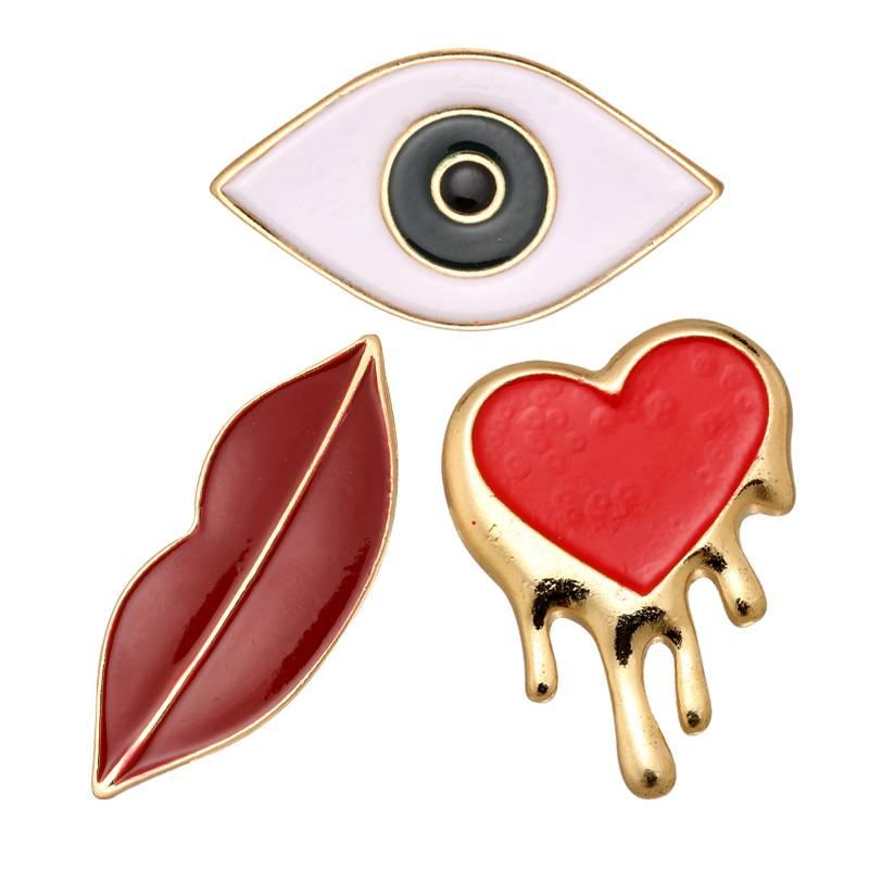 3 Pop art pins