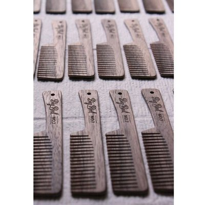 Big Red Beard Combs Baardkam No.7