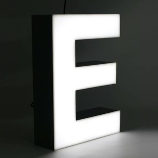 Quizzy LED Buchstabe E