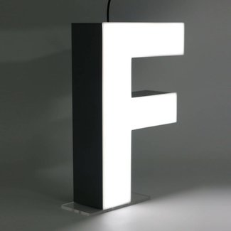 Quizzy LED Letter F