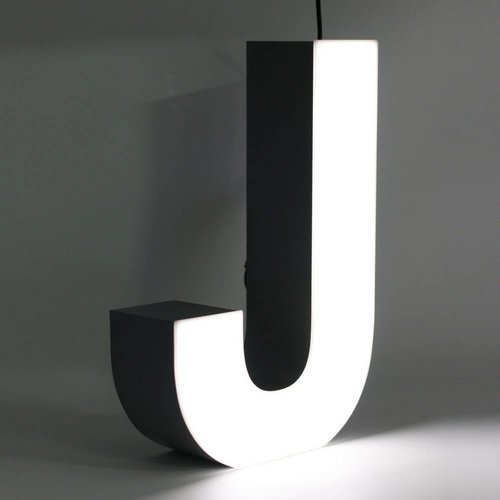 Quizzy LED Buchstabe J