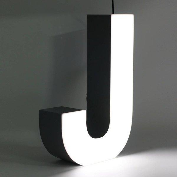 Quizzy LED Letter J
