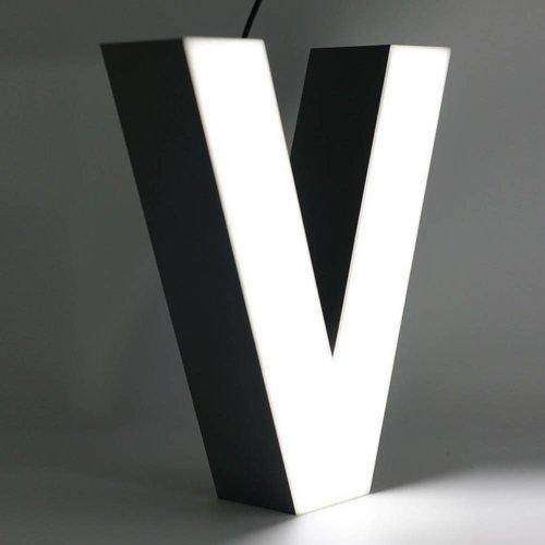 Quizzy LED Letter V