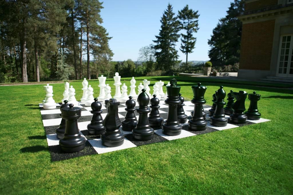 giga schachspiel f r drau en bis zu 64cm hoch aus. Black Bedroom Furniture Sets. Home Design Ideas