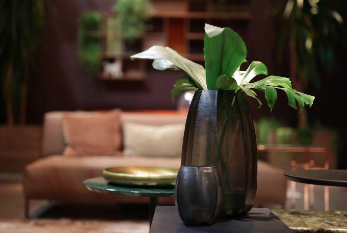 guaxs vase koonam xl indigo smokegrey. Black Bedroom Furniture Sets. Home Design Ideas