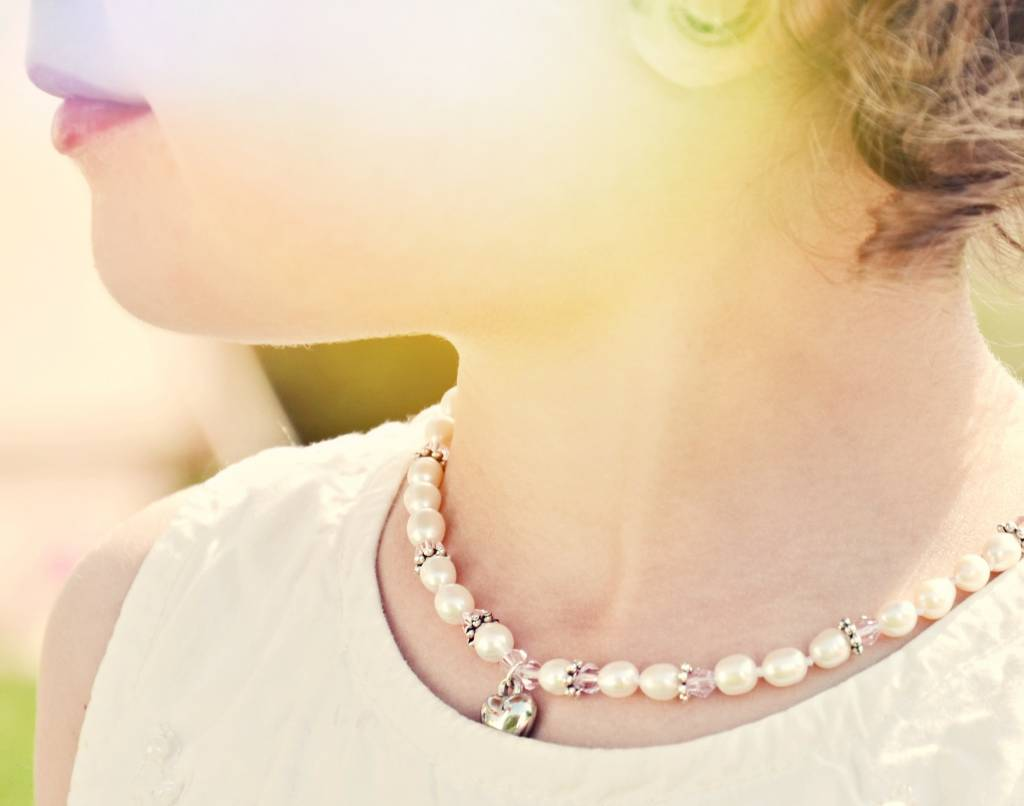 Infinity First Communion Pearl Necklace 'Infinity Pink' with Cross