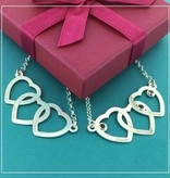 Engraved jewellery Personlised Silver necklace hearts 'Three Names'