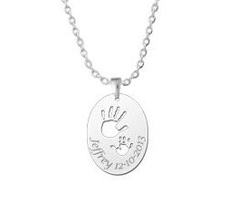 "Engraved jewellery Silver birth pendant ""Hands"""