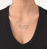"KAYA jewellery Silver Infinity necklace with four names, ""sweet mom gift!"""