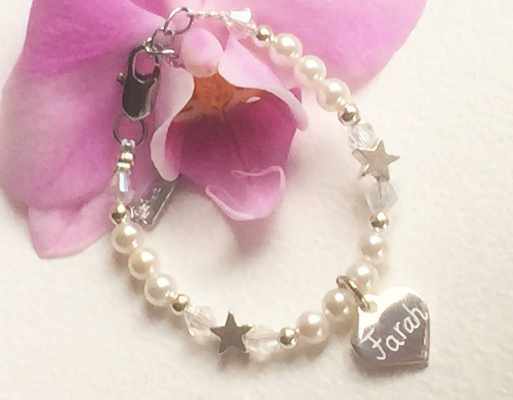 KAYA jewellery Infant bracelet with engraved charm ★ name, date, word ★
