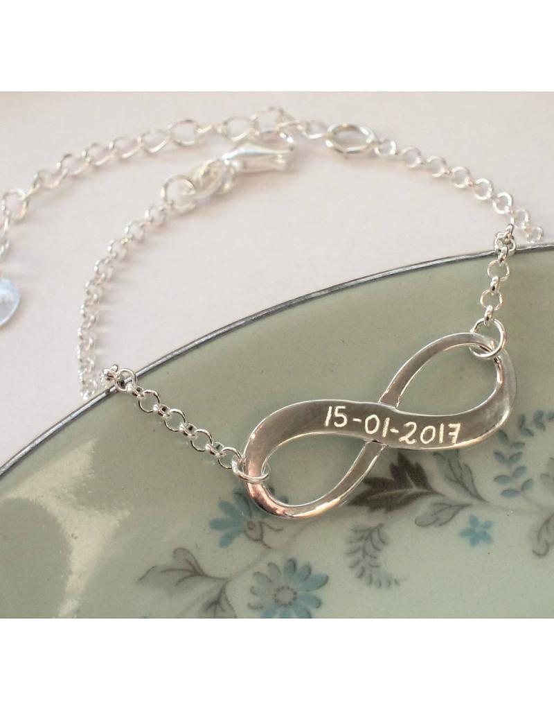 Engraved jewellery Infinity Silver Bracelet 'Forever'