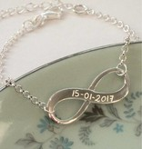 Engraved jewellery Silver 3rd generation set infinity Pearl 'engraving'