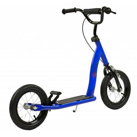 2Cycle Step Blauw met Luchtbanden 12 inch (1556)