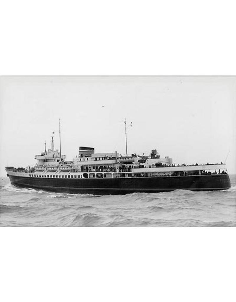 "NVM 16.10.005 Passagiersschip dms ""Prinses Beatrix"" - Mij Zeeland; n verb.(1947); ms ""Koningin Emma"""