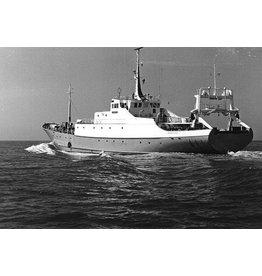 """NVM 10.13.011 visserij-onderzoeksvaartuig """"Tridens"""" (1965) - Min. Van Landbouw en Visserij"""