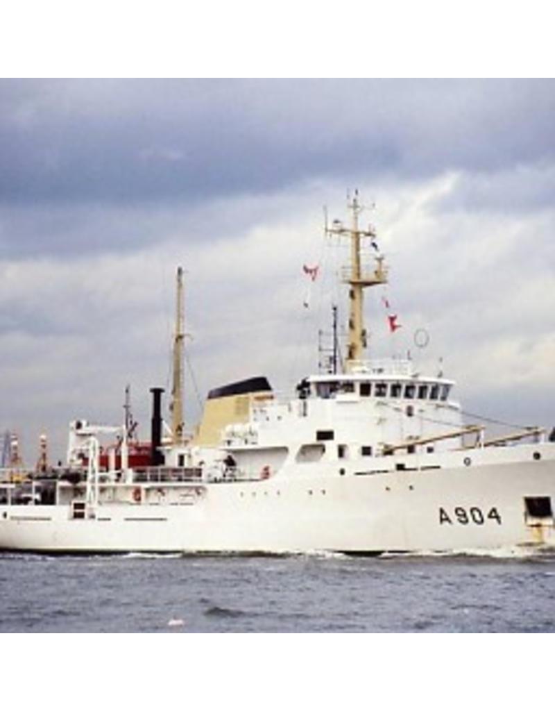 "NVM 10.11.057/A opnemingsvaartuigen HrMs ""Blommendal"" A904, ""Buyskes"" A905 (1973)"