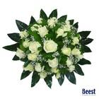 Biedermeier witte rozen met gipskruid