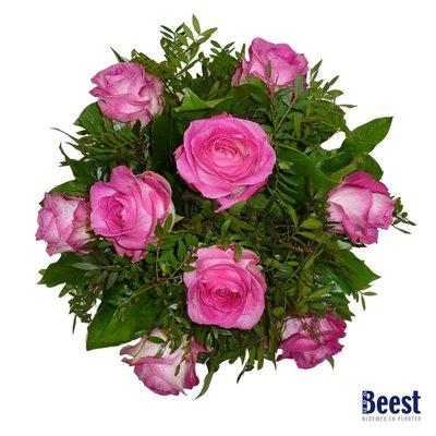 Boeket roze rozen grootbloemig