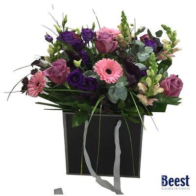 Boeket in tas paars/ roze