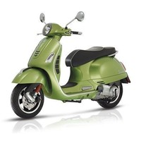 Vespa GTS Super 300 ABS groen