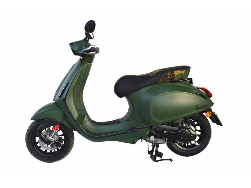 Vespa Sprint 4T Custom Mat Groen
