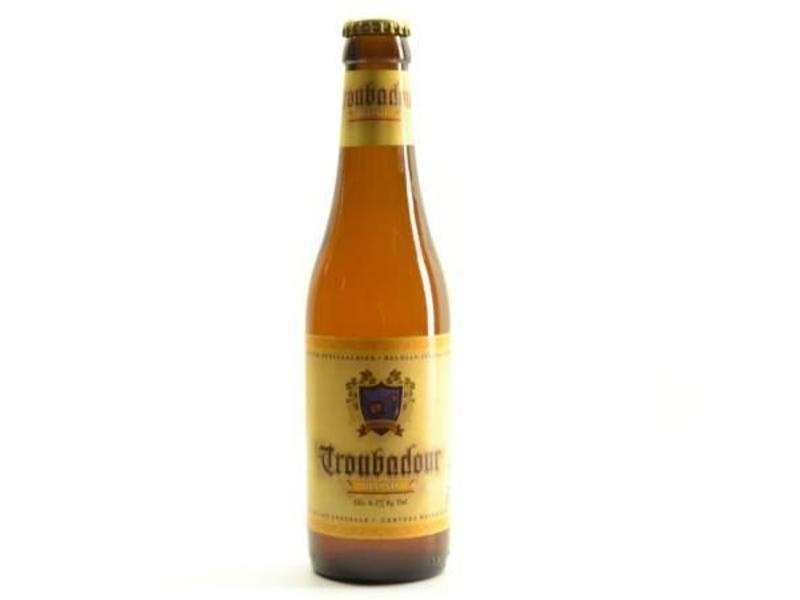 A Troubadour Blond