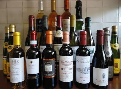 19 nieuwe kleine flesjes wijn