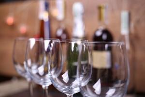 Een lekker en origineel cadeau: een mini-wijnproeverij!