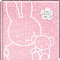 Boek Baby eerste jaar Nijntje: roze