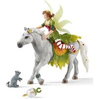 Marween in feestjurk te paard Schleich 70517