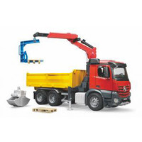 MB Arocs Construction truck Bruder