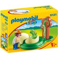 1.2.3 Onderzoeker met babydino Playmobil