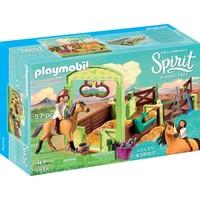 Lucky en Spirit met paardenbox Playmobil