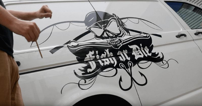 [Video] VW T5 Busfolierung Fish or Die® by siluri.de