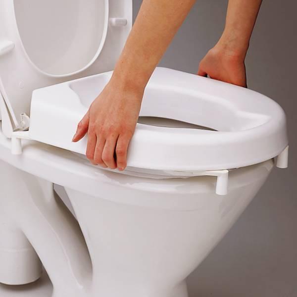 Etac toiletverhoger makkelijk te plaatsen