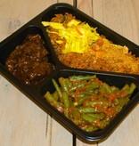 3-vaks maaltijd daging smoor en sambal boontjes