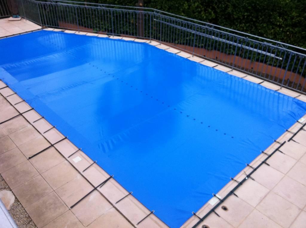 Bache d 39 hiver piscine en mesure for Piscine online