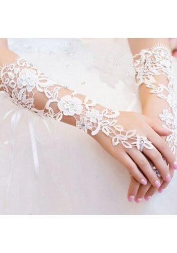 Stijlvolle Ivoorkleurige Bruidshandschoenen