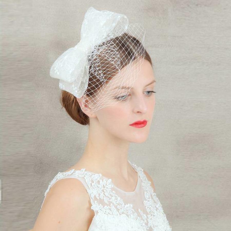 Chique Fascinator / Birdcage Veil - Wit-1