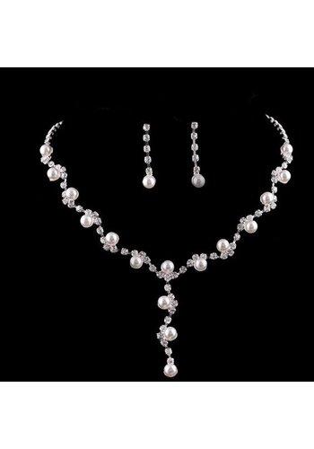 SALE - Sieradenset Pearl (Ketting & Oorbellen)