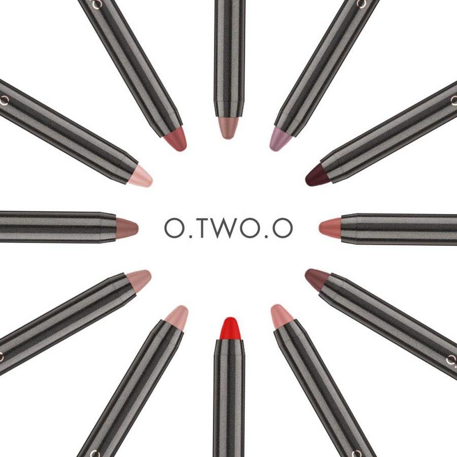 Crayon Matte Lipstick - Color 02 Crimson-6