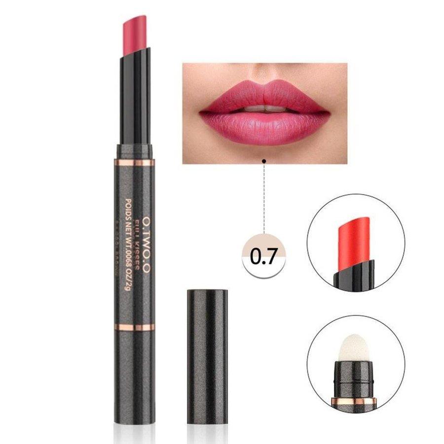 Matte Lipstick Pen & Lip Brush 2 in 1 - Color 0.7 Ruby Red-1