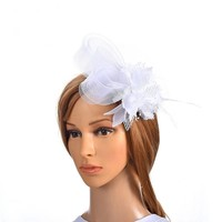 thumb-Chique Witte Fascinator-1