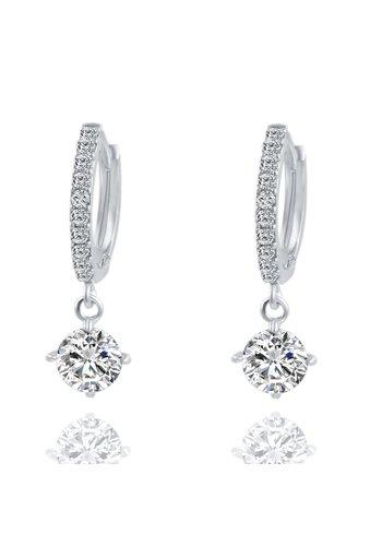 Elegante Zilverkleurige Oorringen met Fonkelende Diamant
