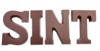 Leckere Schokobuchstaben SINT Sticker