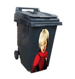 Femme poubelle autocollant