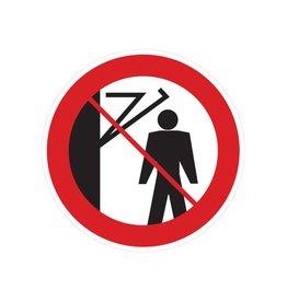 Hinter den Schwenkarm treten verboten