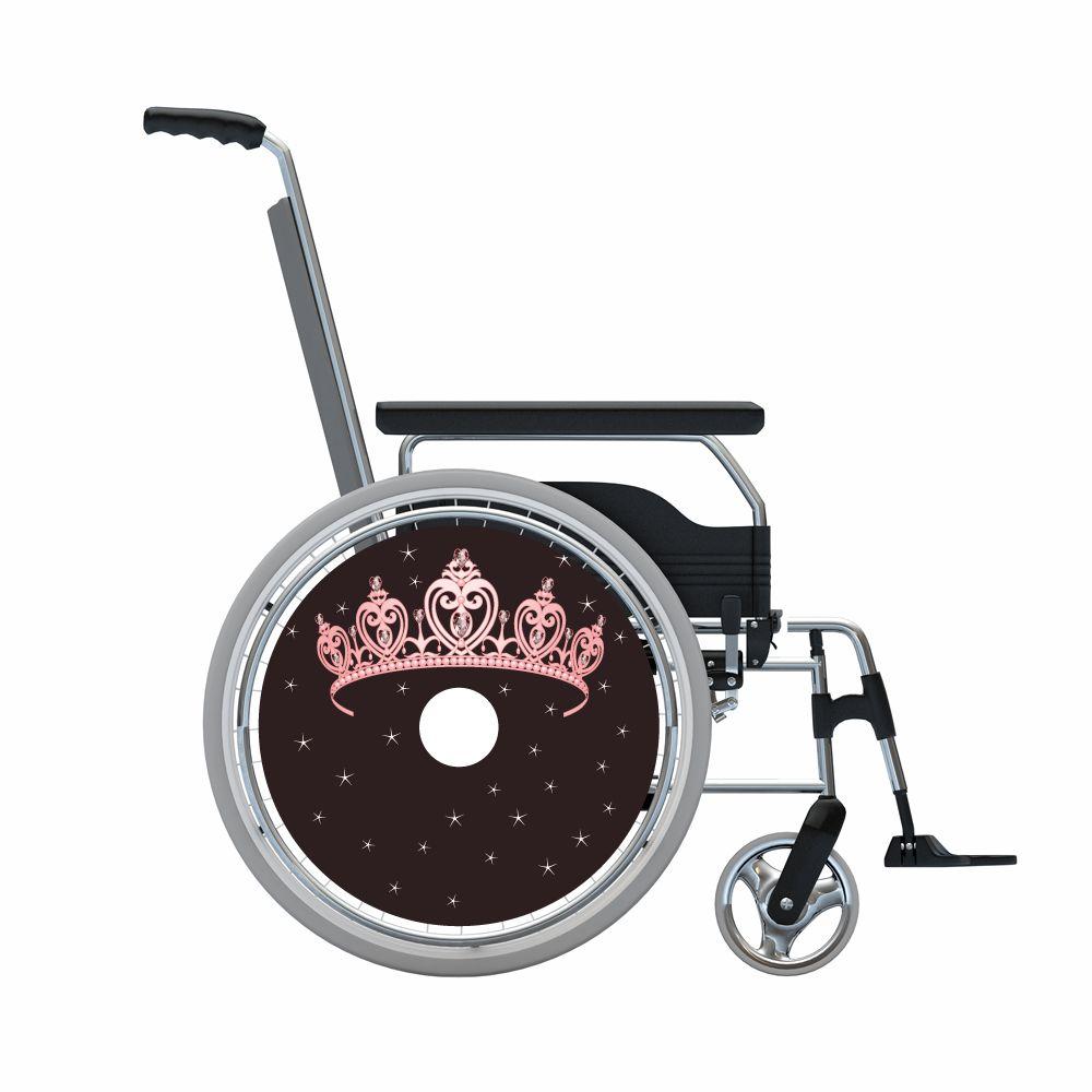 spaakbeschermer roze prinsessen tiara op bruine achtergrond