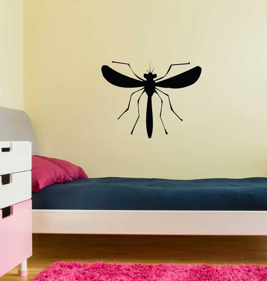 Moustique autocollant