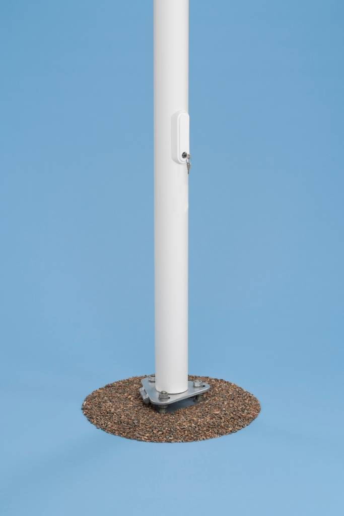 Flagpole for country flag - Copy